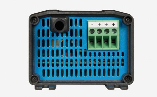 Cargador-baterias-Victron-BluePower-ip20-2.jpg