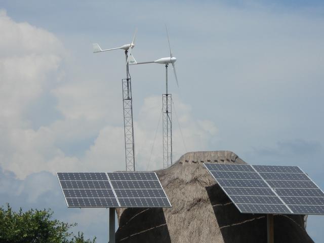Aerogeneradores de minieólica Bornay en Cancún.